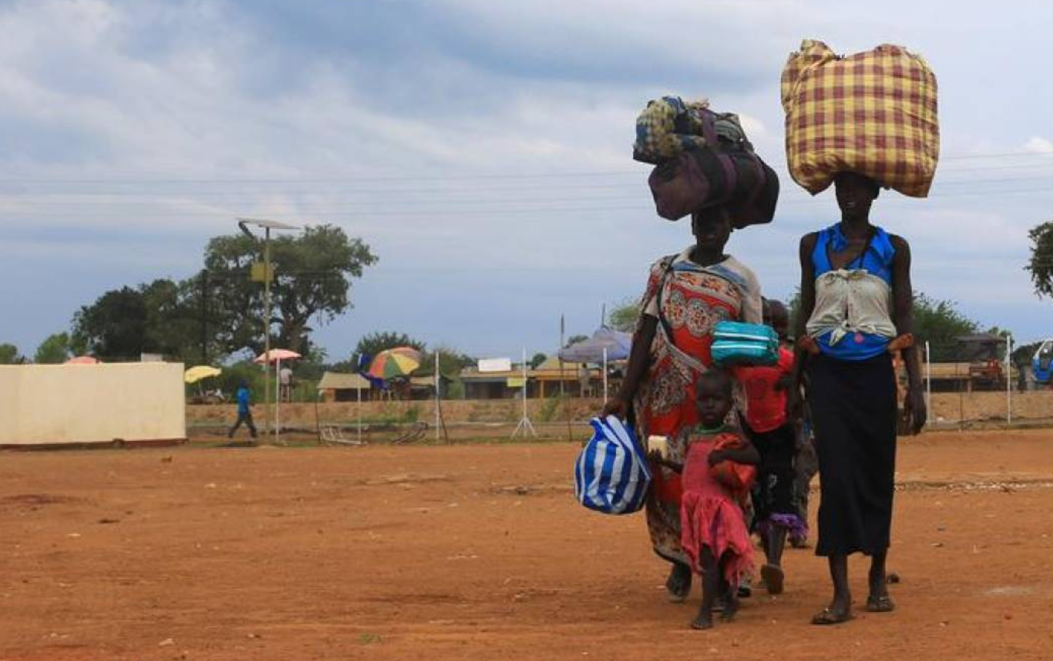 Uganda welcomes more refugees daily than some in Europe annually, charity says – Thomson Reuters Foundation (image)