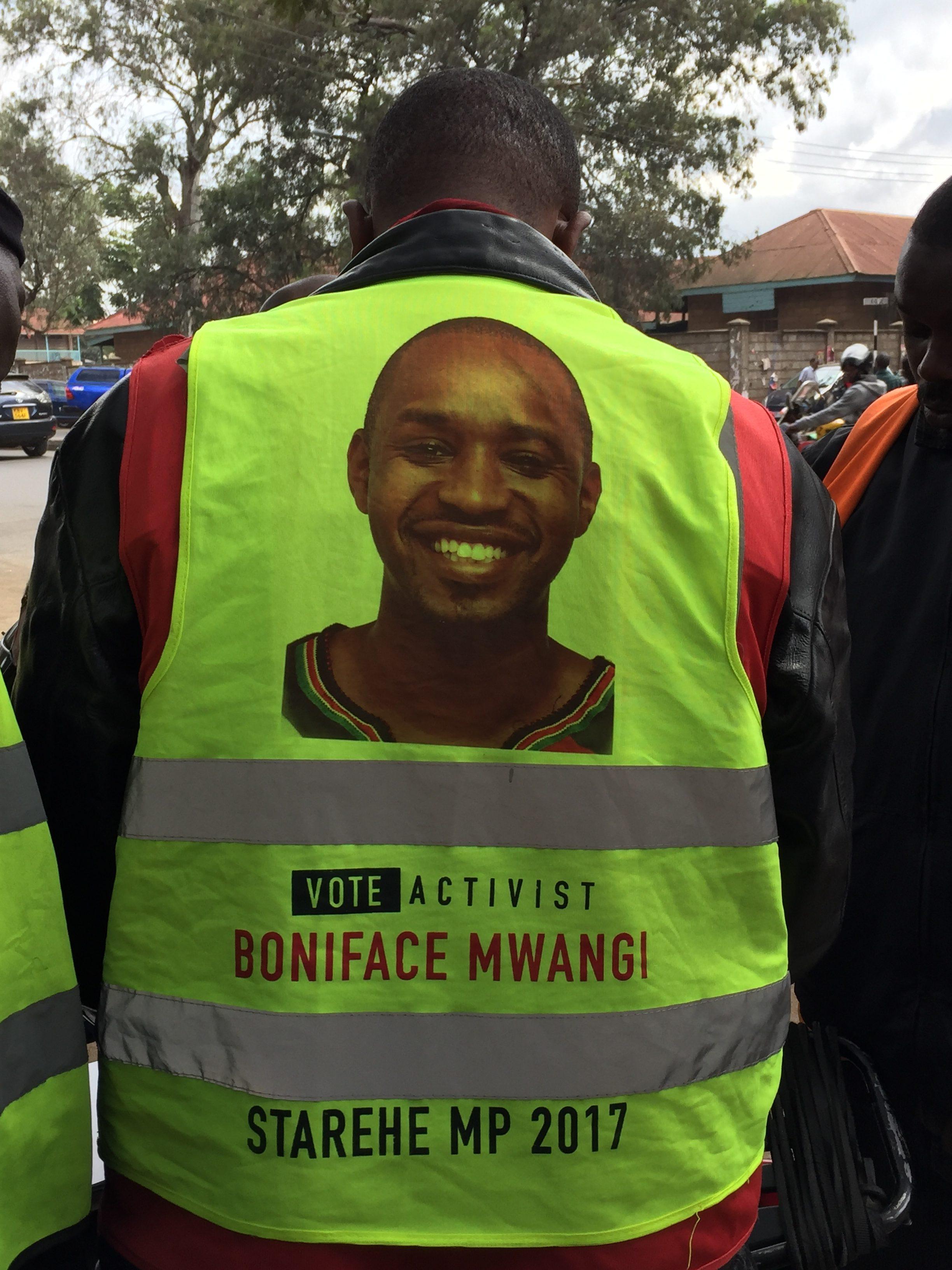 Kenyan Activist Boniface Mwangi Campaigns Despite Death Threats (2 of 2) – Periscope/Storyhunter Livestream (image)