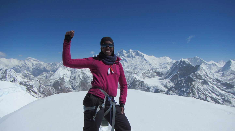 Saray Khumalo Takes on Everest – VICE Sports (image)